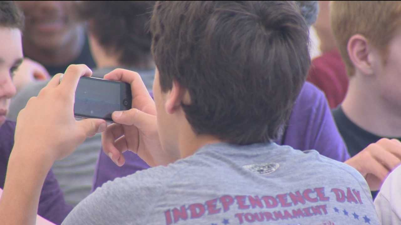 Texting, talking and surfing on cellphones is no longer an issue for Howard County students during the school day.