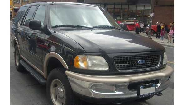 Police are looking for a 1997-2002 Ford Expedition (similar to the one pictured) with damage to front head light and turn signal assembly, hood, fender and possibly front bumper.