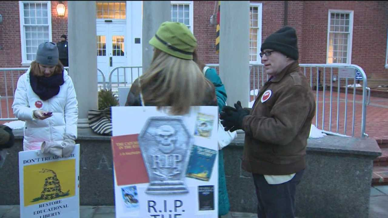 Parents rally against Common Core before hearing