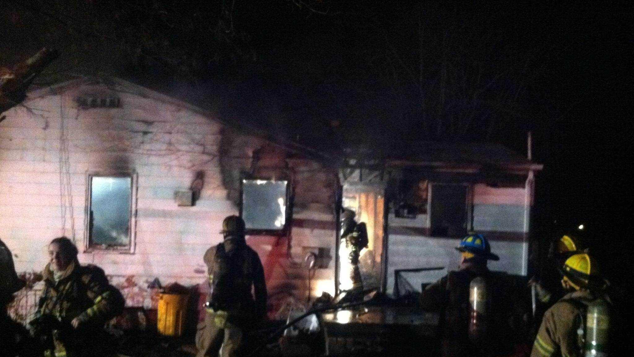 pasadena house fire2.JPG