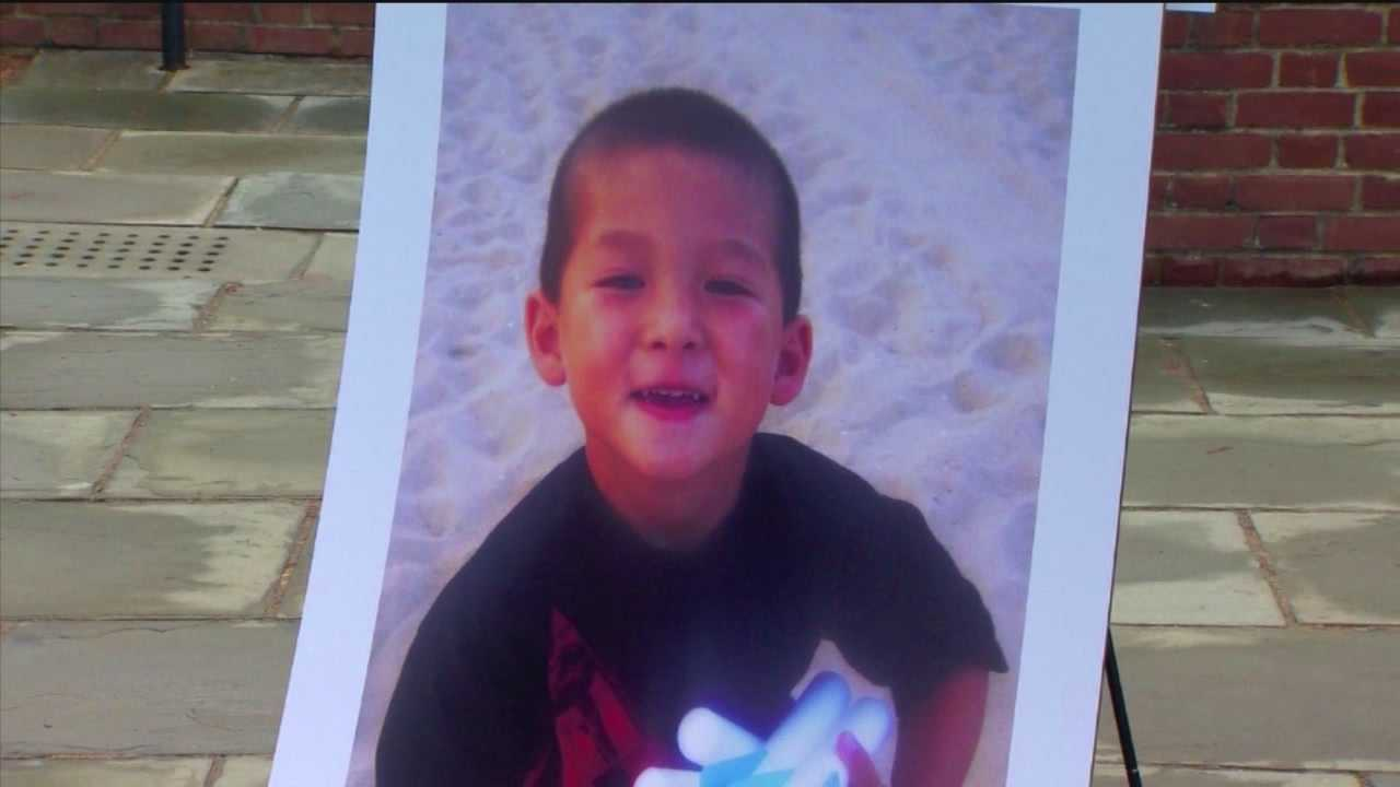 Maryland lawmakers are considering another crackdown on distracted driving in memory of a little boy who was killed by the act.