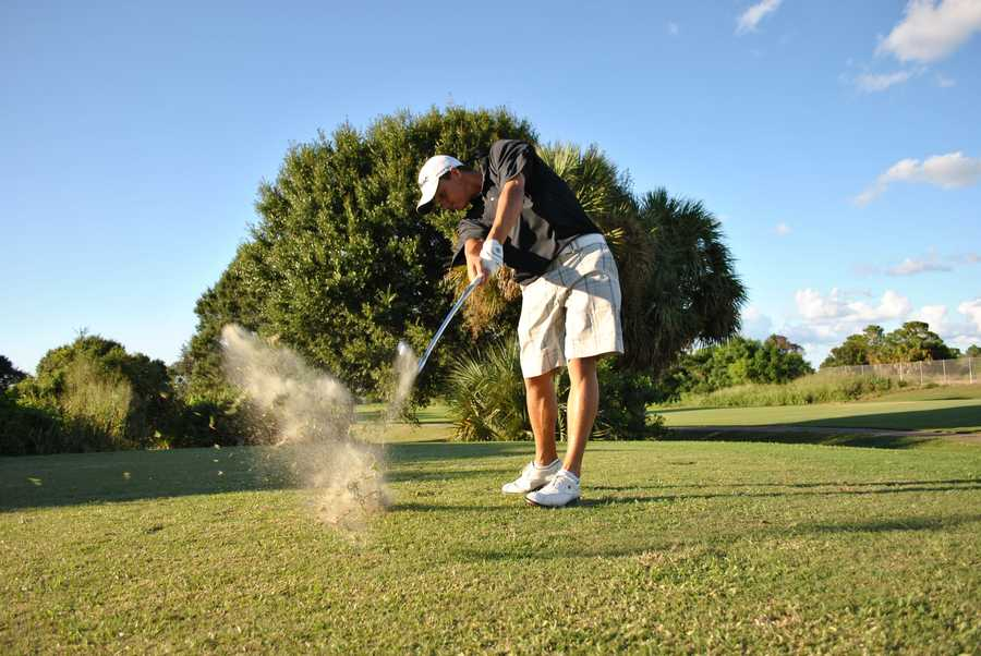 Jason's favorite hobby is golf, and going to live sporting events.