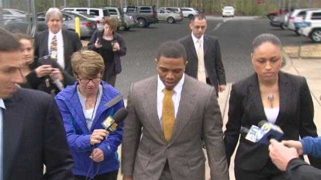 Ray Rice and his wife walk into court hand-in-hand Thursday.