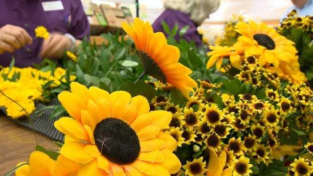May 15:Preakness flower blanket