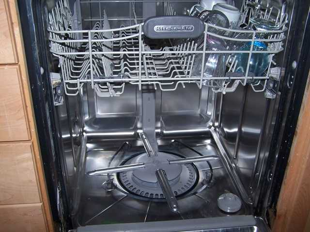 Mindy's least favorite chore is emptying the dishwasher.