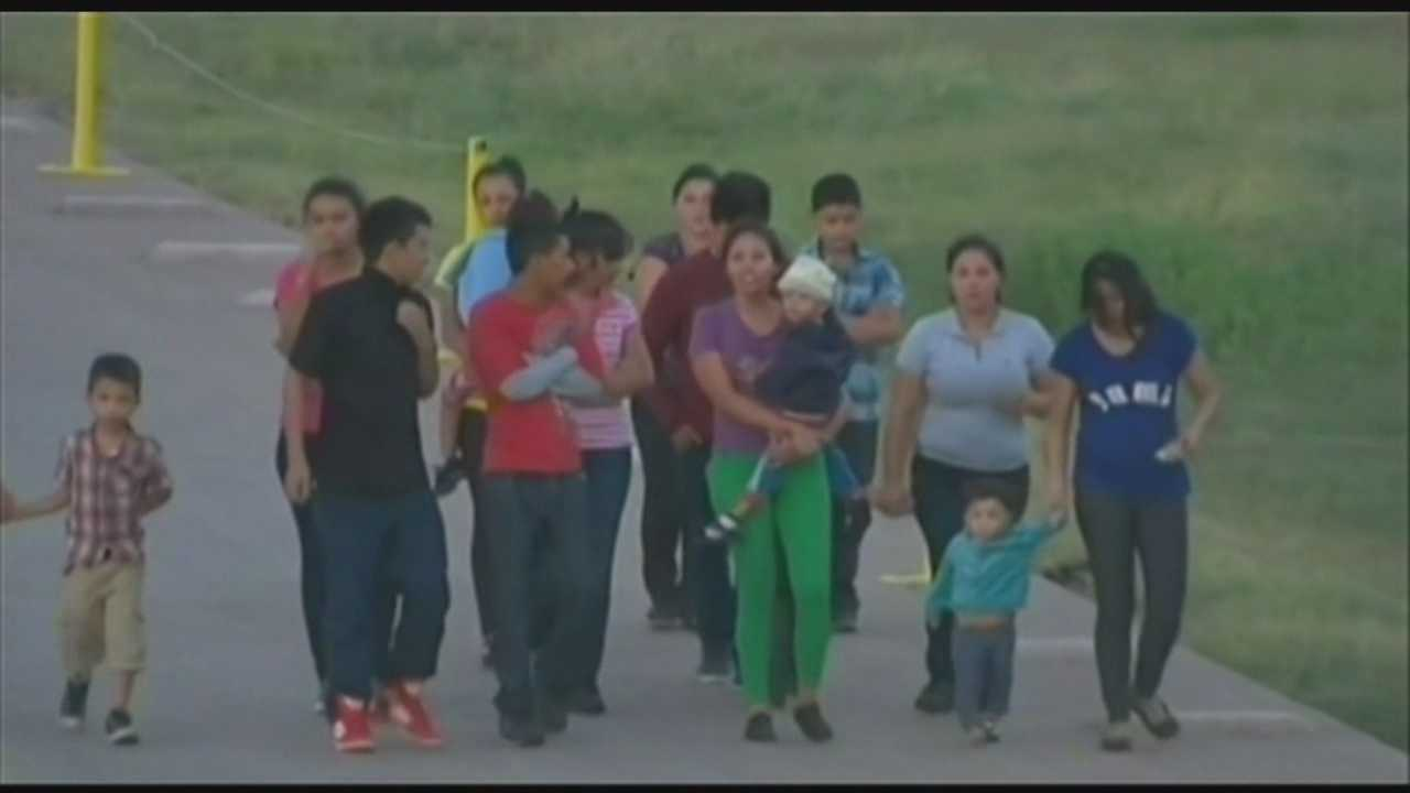 Governo, faith leaders address immigrant children