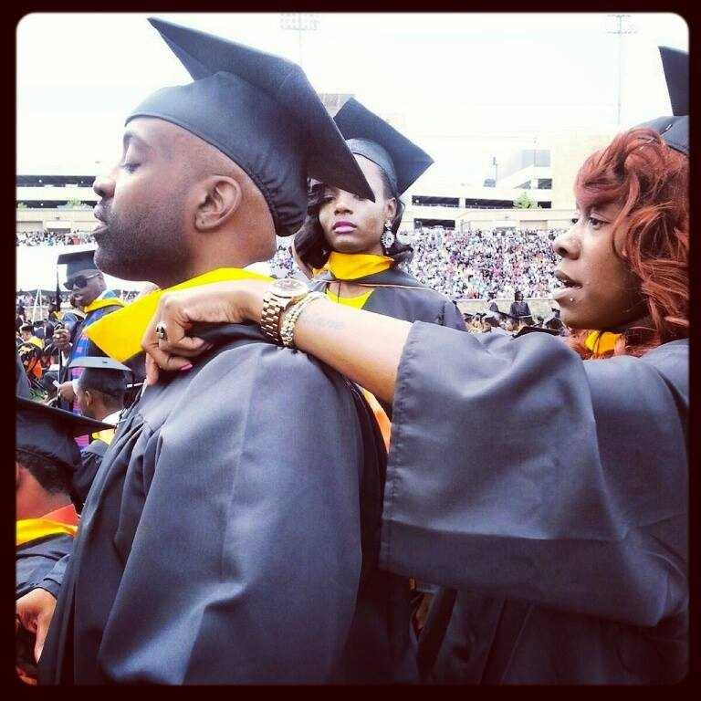 Kel Spencer is a 2014 Morgan State alum making waves in Baltimore by empowering youth with his Pens of Power program.
