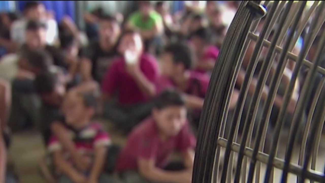 Gubernatorial candidates differ over sheltering border children