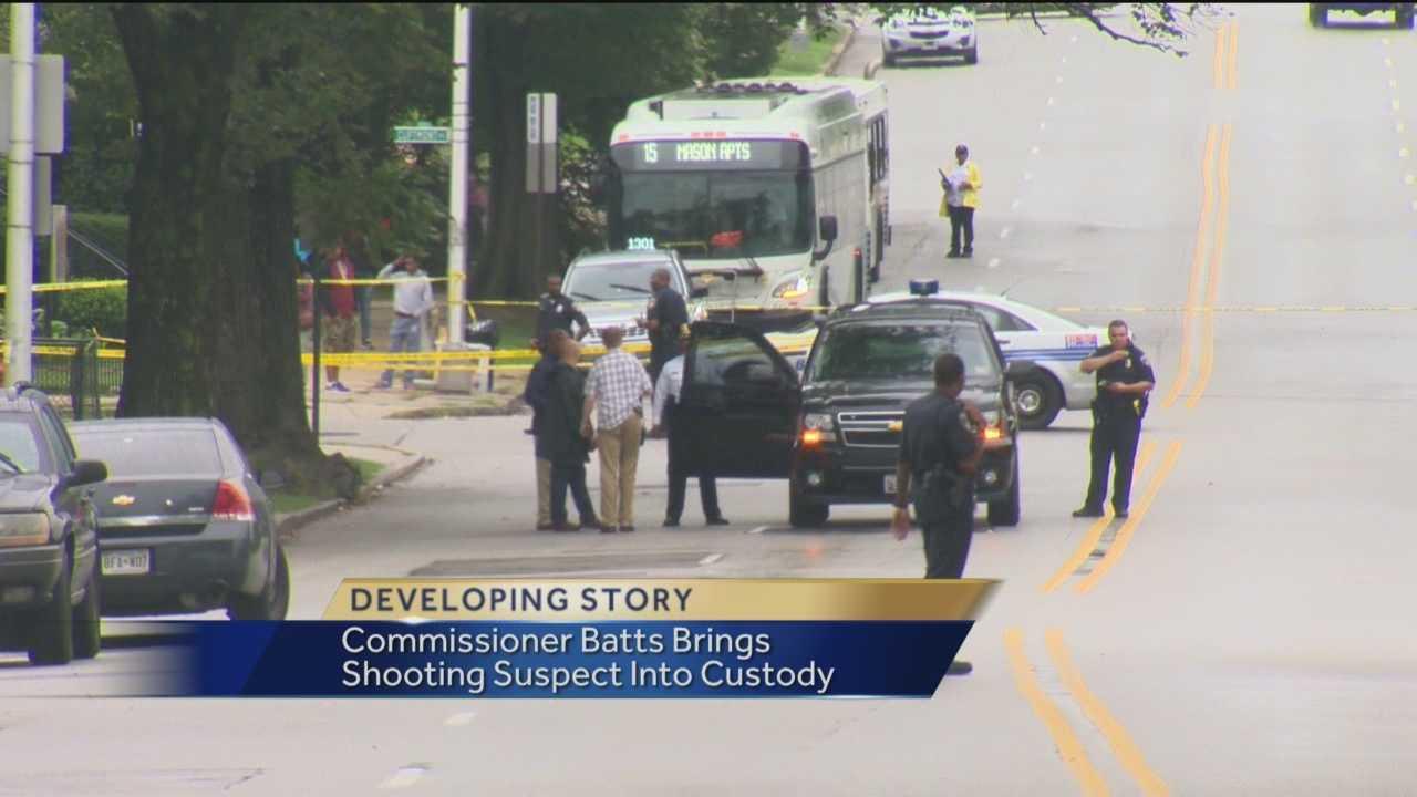 Police Commissioner Anthony Batts arrests gunman