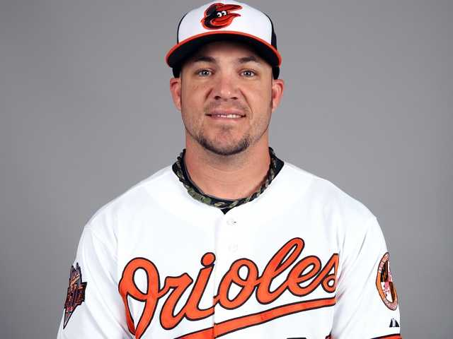 "Steve Pearce (28) Outfielder5'11"", 210 pounds, Birthday: 4/13/83"
