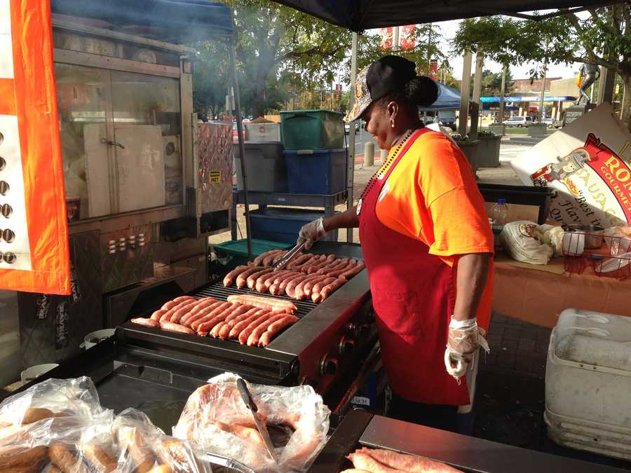 Vendors outside the stadium prepare for Game 2 of the ALDS.