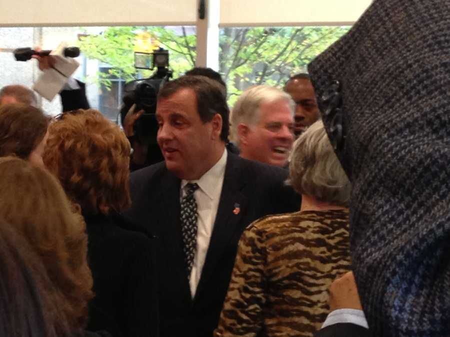 New Jersey Gov. Chris Christie greets the crowd at the Original Pancake House in Bethesda.