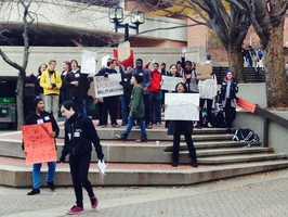 @wbaltv11 students at UMBC also protesting #Ferguson #BlackLivesMatter #nopeacenojustice