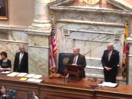 Hogan addresses House members.