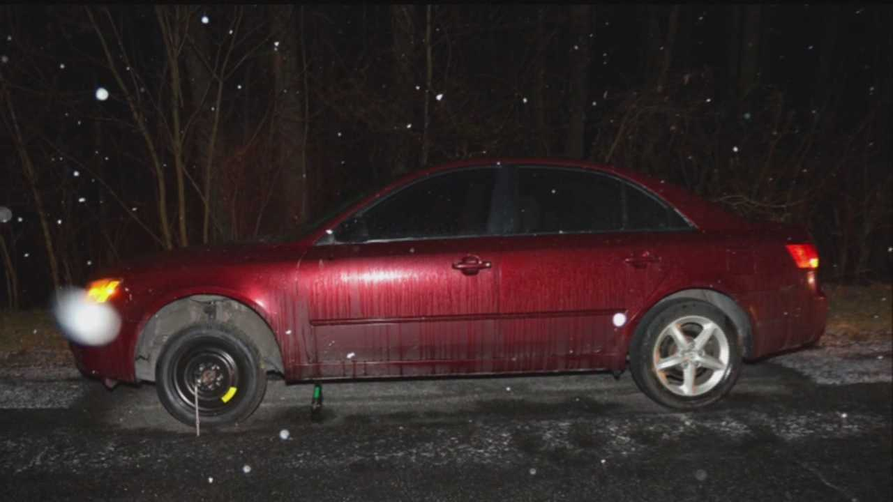 Authorities are looking for the driver who hit a couple, killing a man while he was trying to change a tire Sunday night on the Baltimore-Washington Parkway.
