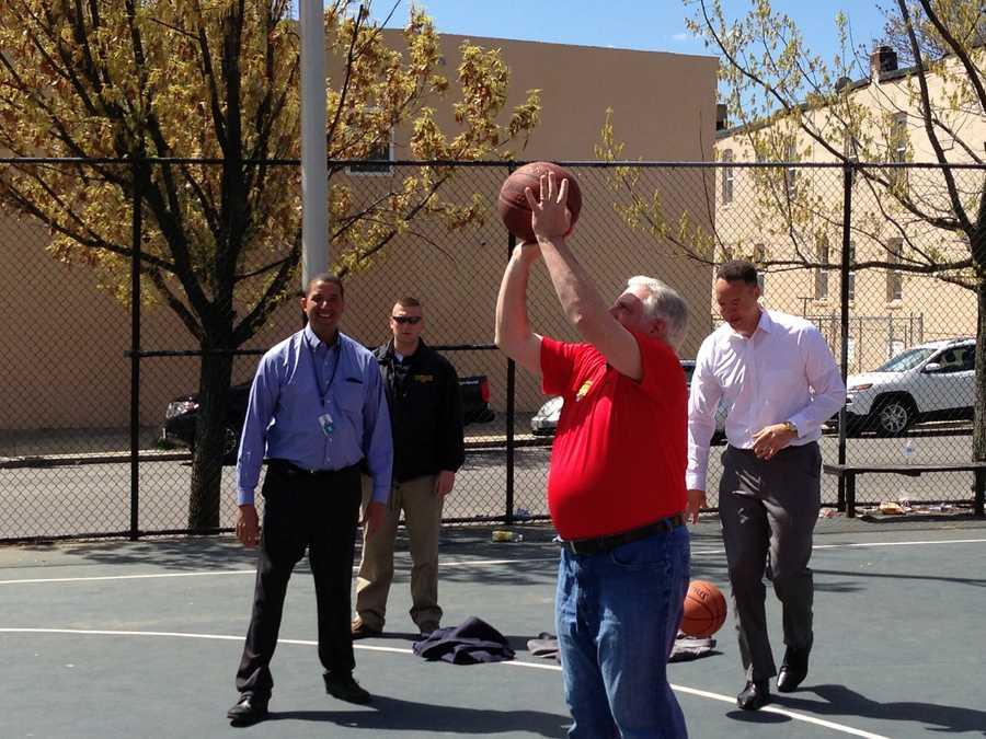 Gov. Larry Hogan plays hoops Sandyown Winchester.