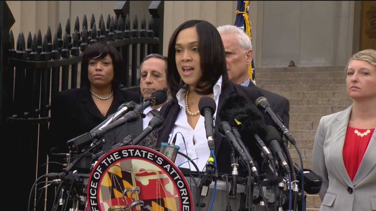 A joint motion filed by the six police officers charged in the Freddie Gray case calls for a dismissal of charges or a recusal of the Baltimore City State's Attorney and her office.