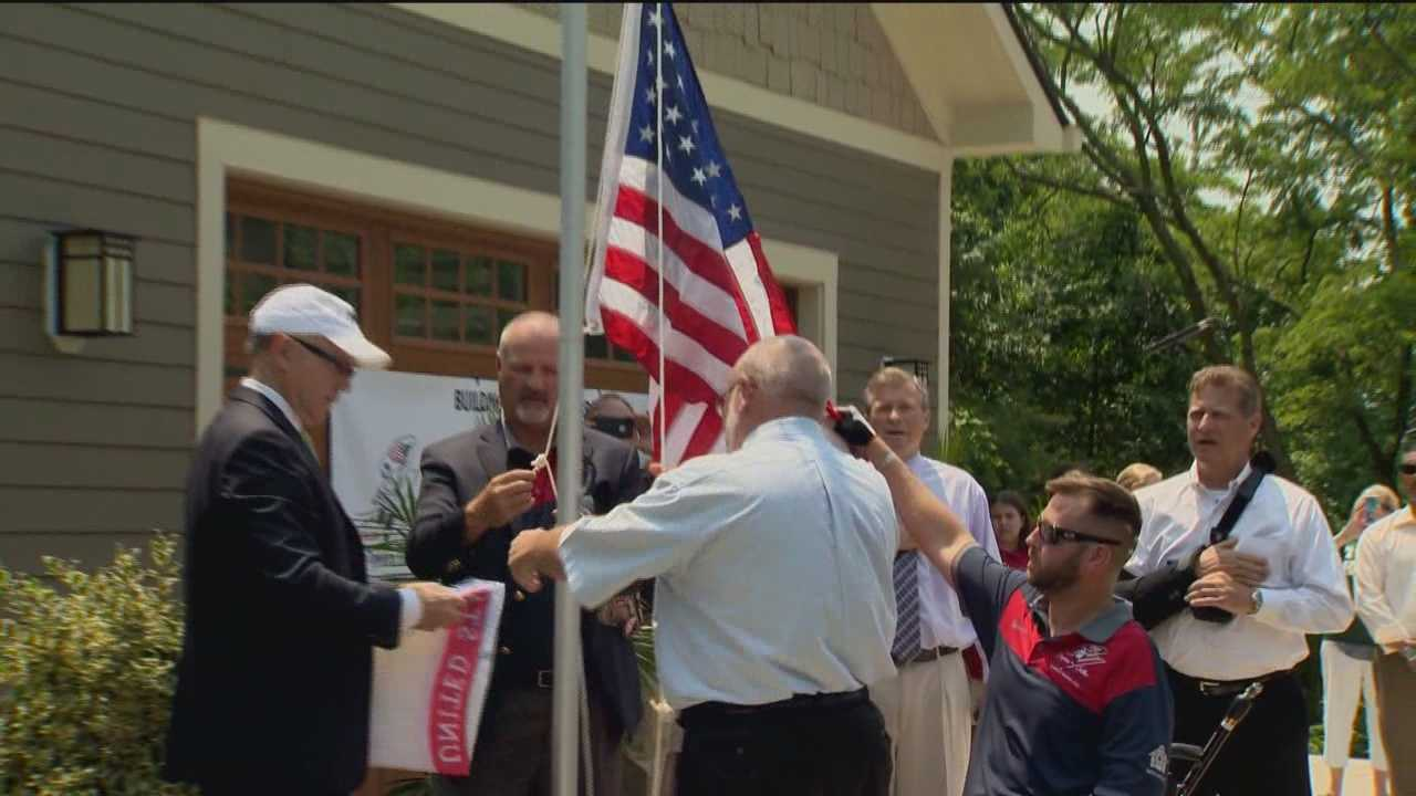 An Army sergeant and triple-amputee gets the keys to a brand new smart home in Annapolis.