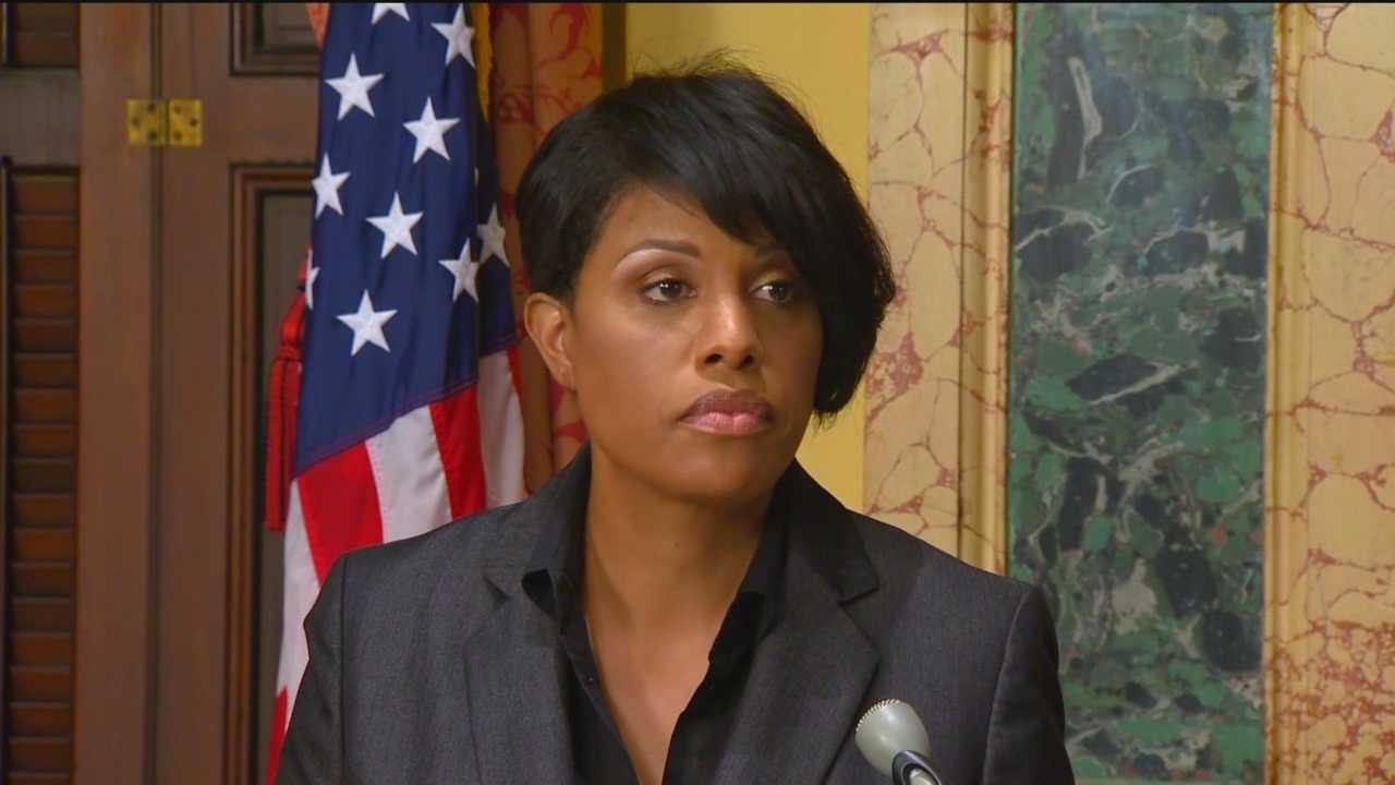"Baltimore Mayor Stephanie Rawlings-Blake announced Friday that she won't seek re-election. Rawlings-Blake announced shortly after 10 a.m. that the decision on whether to seek re-election had been ""nagging"" her for months and something she has prayed about a lot. ""I have made the decision not to seek re-election,"" Rawlings-Blake said. ""I wanted to spend the remaining 15 months of my term focused on the city's future and not my own."""