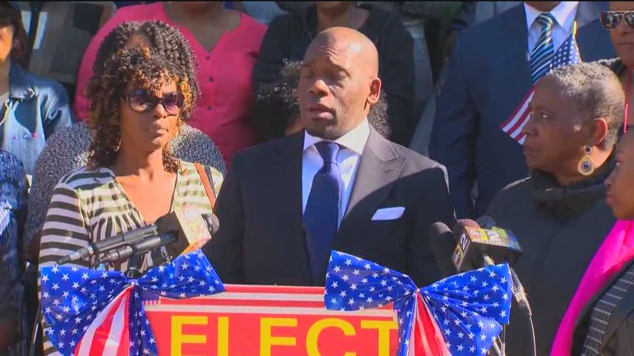 Pastor Jamal Bryant, who garnered national attention in protests following the death of Freddie Gray, announced he is running for Congress in the Seventh District.