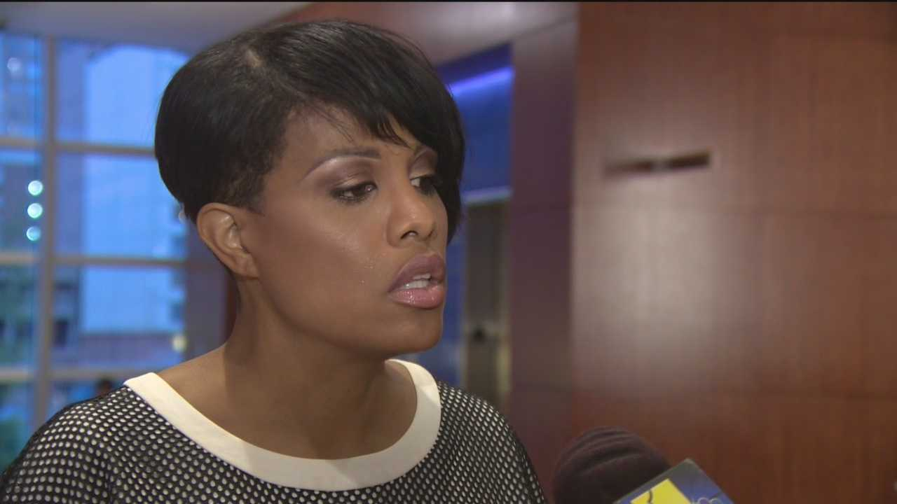 Baltimore's mayor wants the presidential candidates to talk more about the gun debate, which will be one of the focal points of the U.S. Conference of Mayors that the city is hosting this weekend. Some of the presidential candidates are talking about guns, but maybe not the way Mayor Stephanie Rawlings-Blake wants them to. As president of the U.S. Conference of Mayors, she's hoping for a different dialogue.