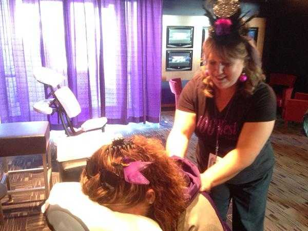 Free massages at A Purple Evening from 100 West Hair Salon!