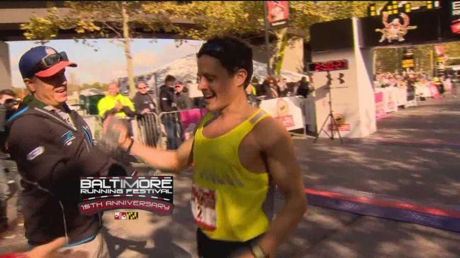 Dave Berdan wins the 2015 Baltimore Marathon.