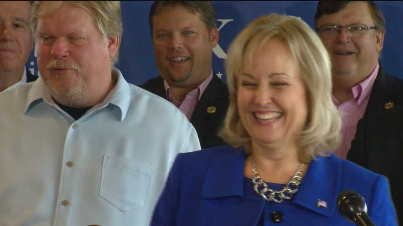 Delegate Kathy Szeliga announces she will seek the Republican nomination for the U.S. Senate. Szeliga made the announcement at a news conference at City Dock in Annapolis. She's witty and personable. Her blue-collar roots and values resonate with her constituents in Baltimore and Harford counties. Szeliga said she will focus her campaign on three main areas: improving quality of life, improving security and improving education.