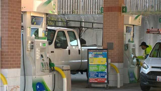 The price for a gallon of regular gasoline in Maryland is about $2.12 heading into the Thanksgiving weekend in 2015.