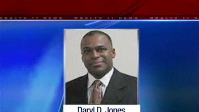 Darryl Jones - 28750515