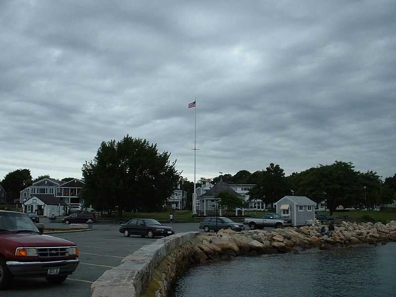 #11 - In Mattapoisett, 16.89% of residents say they are divorced.