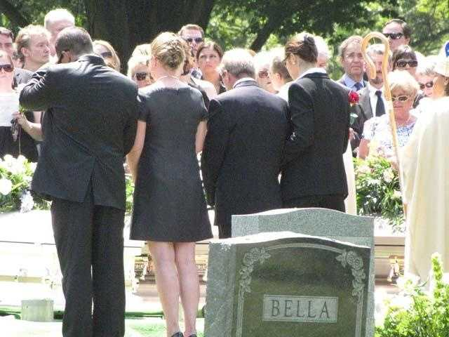 Funeral services for the family were held at Wildwood Cemetery in Winchester