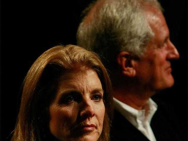 Caroline Kennedy Schlossberg sits with her husband before the start of the third presidential debate at Hofstra University October 15, 2008 in Hempstead, New York.