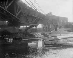 These twisted girders are what remained of the Boston Elevated Railway's Atlantic Avenue structure after the wave of molasses.