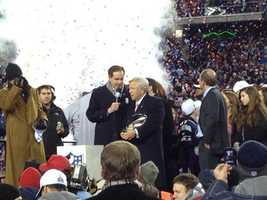 Pats owner Bob Kraft with the Lamar Hunt championship trophy in 2012.