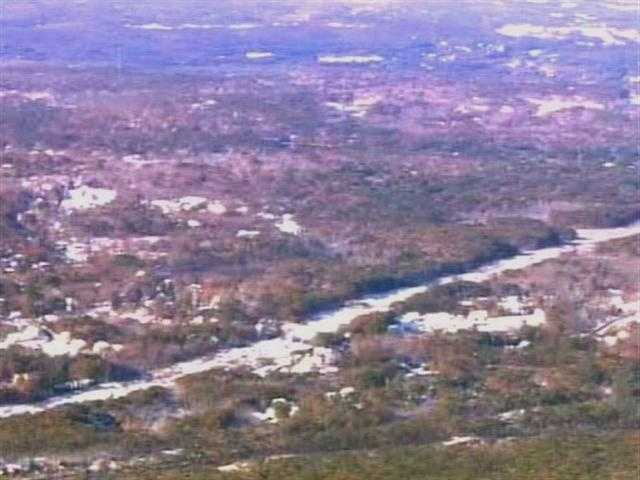Sky 5 took a tour of the October 2011 weekend storm that dumped wet, heavy snow in western and central Massachusetts.