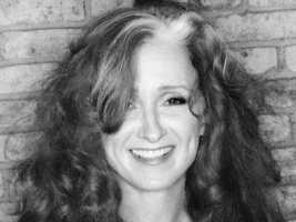 Bonnie Raitt is an American blues singer-songwriter and a renowned slide guitar player, and Harvard dropout.
