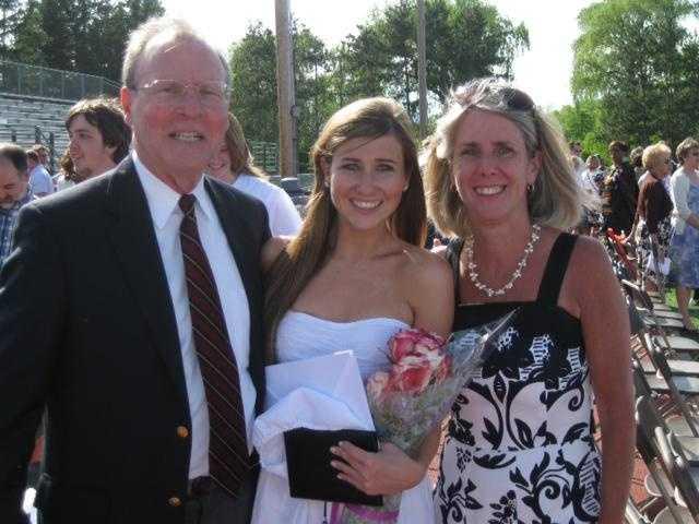 Lauren with her parents.