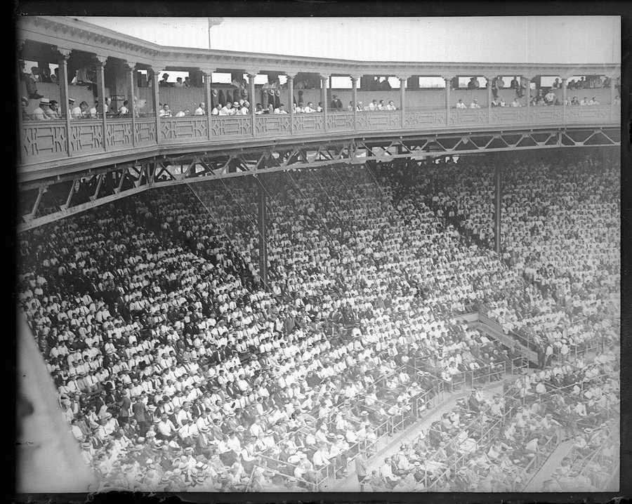 Fenway Park, 1915