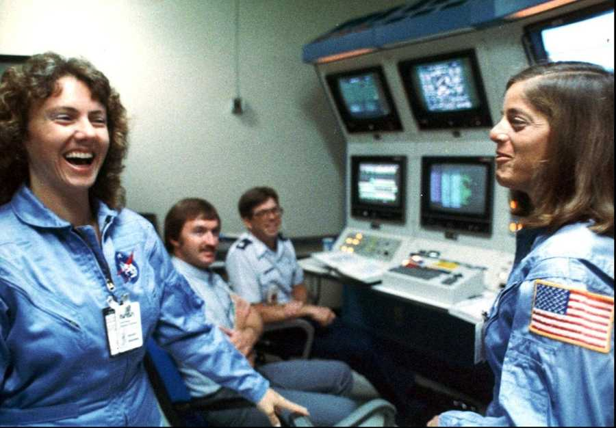 McAuliffe and Barbara Morgan share a light moment during training in 1986. Morgan was the backup astronaut who was not on the flight.