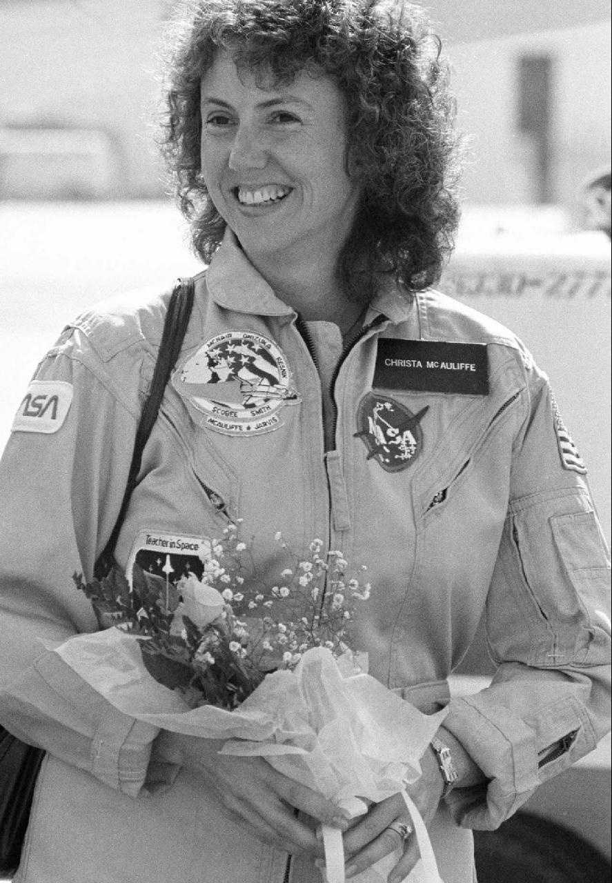 McAuliffe, as she leaves Houston for the Kennedy Space Center, Jan. 23, 1986.