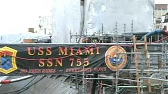 Emergency responders to submarine fire called heroes