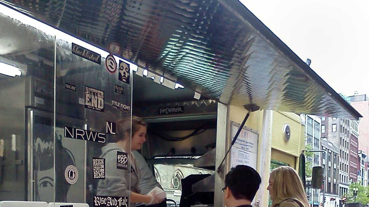 Reigns Food Truck Review