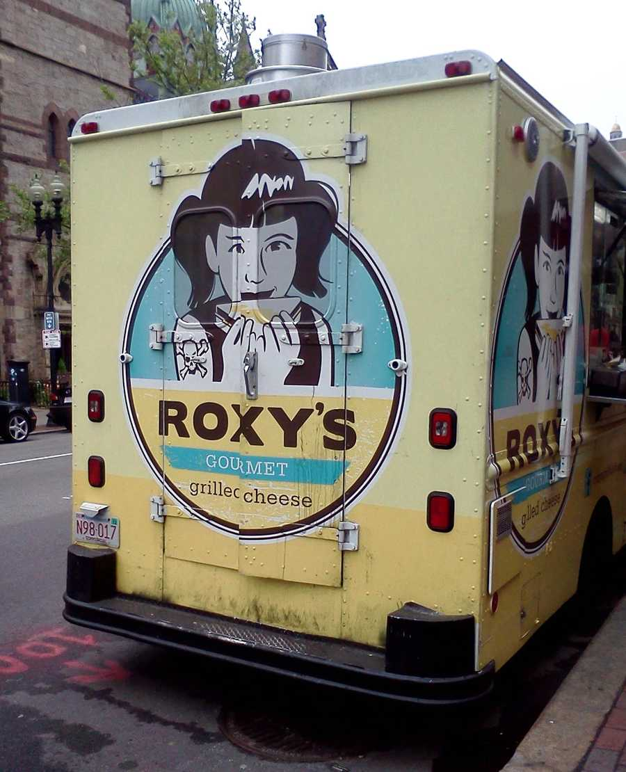 The Roxy's review and photos were taken by Megan Marrs, author of the Boston Food Truck Blog