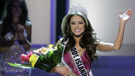 Miss Rhode Island Olivia Culpo waves to the audience after being crowned Miss USA during the 2012 Miss USA pageant, Sunday, June 3, 2012, in Las Vegas.
