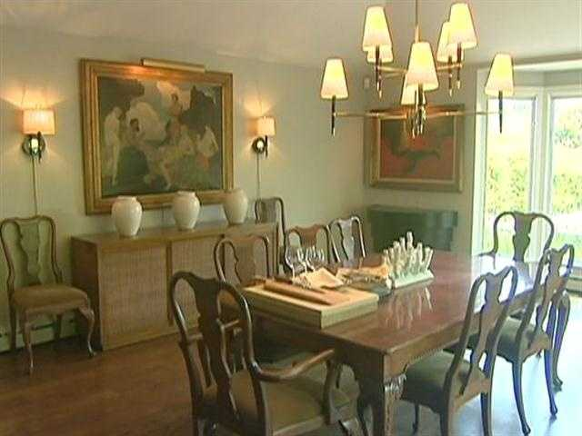 The light-filled dining room is perfect for showcasing works of art.