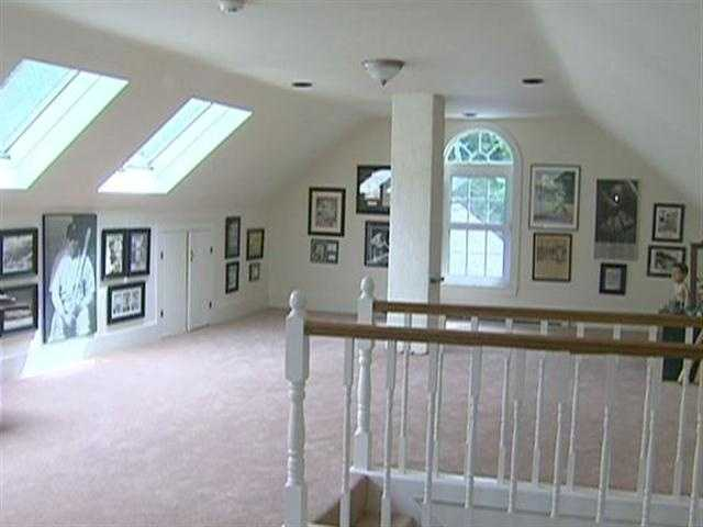 The current owner, a great baseball fan, created a third floor memorabilia room in honor of Babe.
