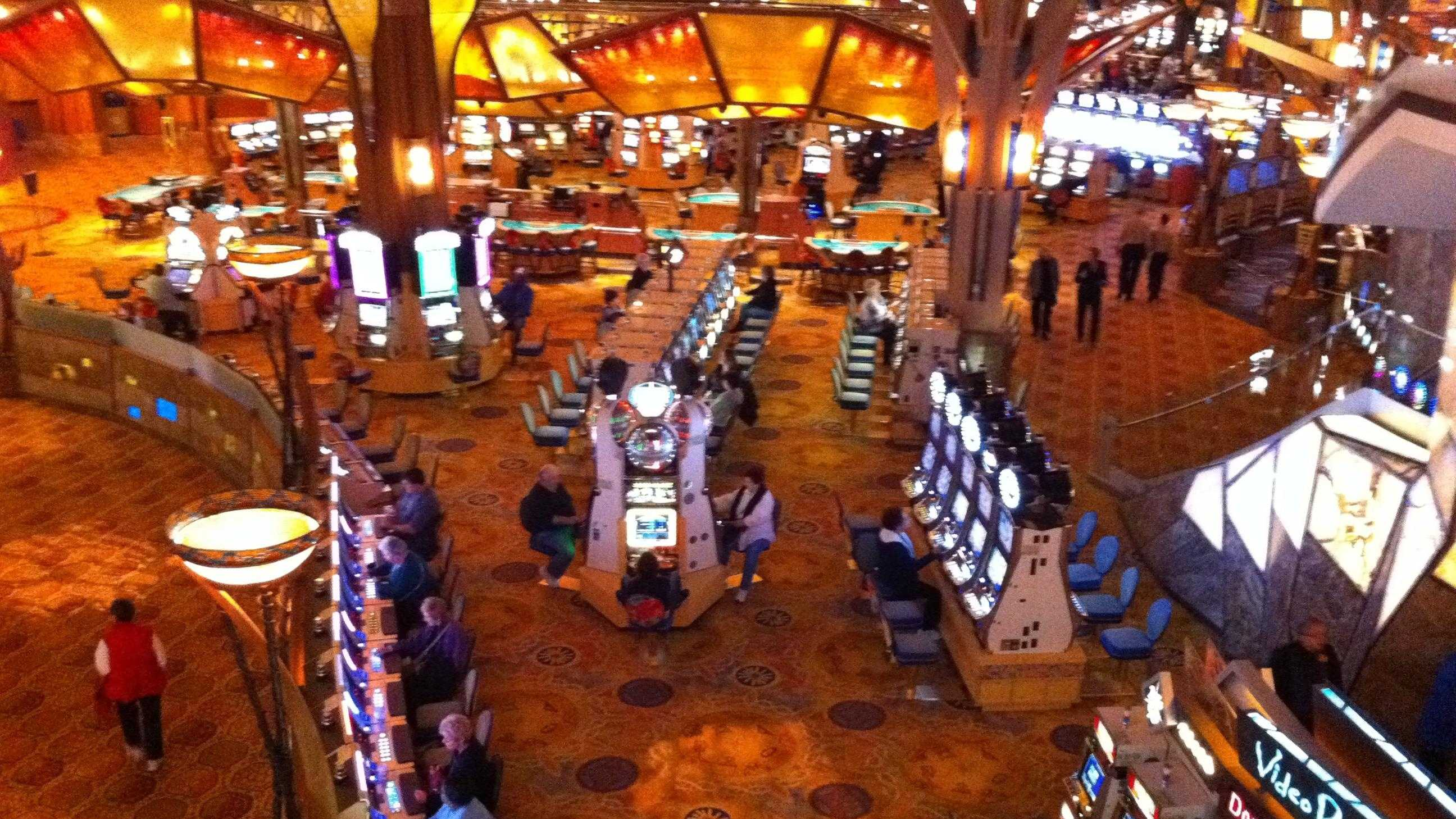 FW: Mohegan Sun Casino (photo.JPG) - 29785917