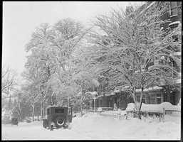 Snowy scene on Beacon Hill, 1917 - 1934.