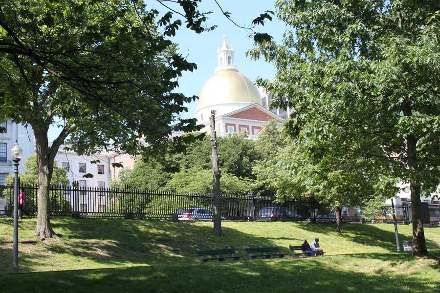 The State House is situated on 6.7 acres of land.